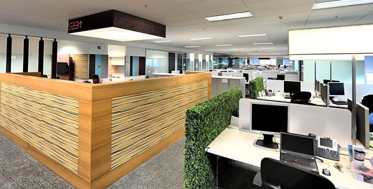 Image of a Financial Services orgainisation's adaptation of hotdesking